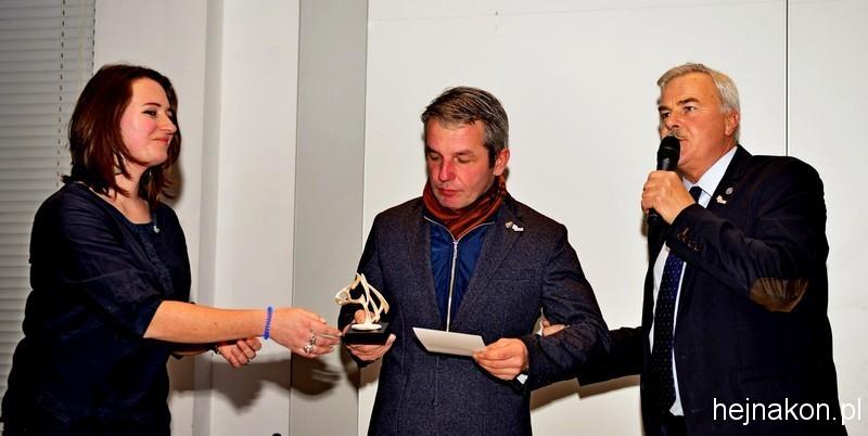 Ireneusz KOZŁOWSKI z trofeum; foto: FAPA-PRESS