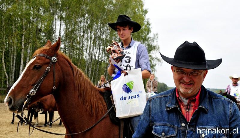 Robert Stój (z prawej) na pierwszych MP TREC PTTK; foto: FAPA-PRESS
